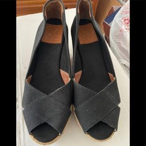 Listing is for Sandy5172 only/Tory Burch Wedges